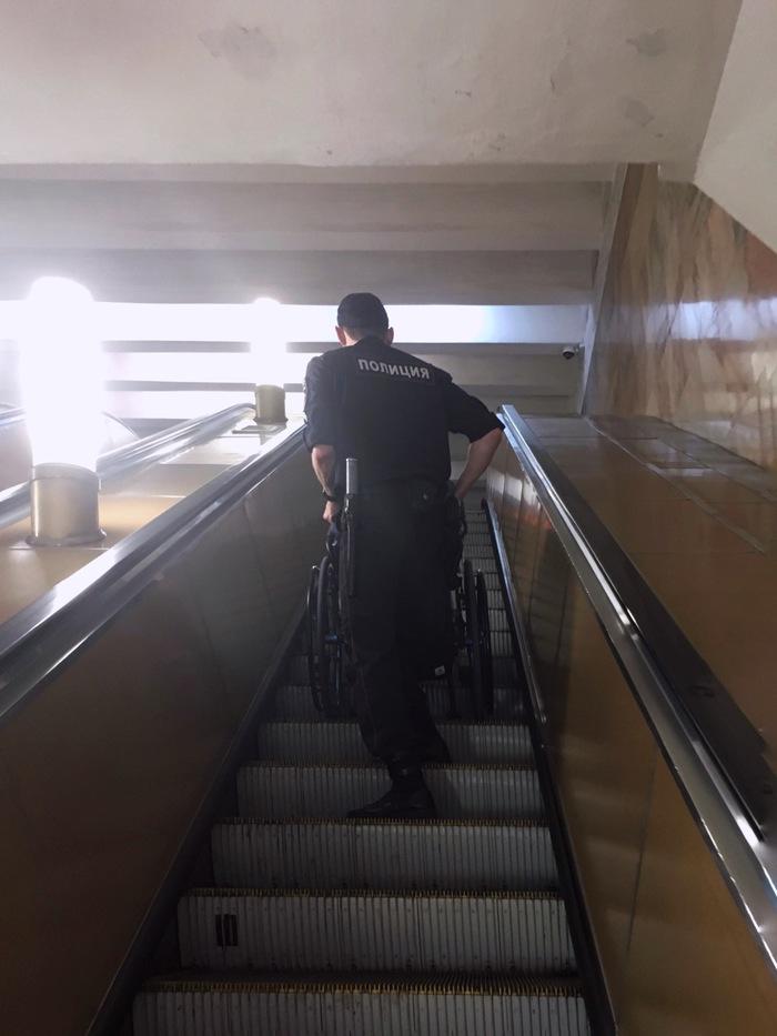 Служить и защищать Полиция, Помощь, Метро, Добро, Общество, Длиннопост, Москва