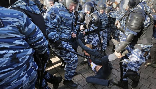МВД приравняло к экстремизму борьбу за социальные права граждан Благоустройство, Москва, Полиция, Протест, Реновация, Экстремизм, Длиннопост