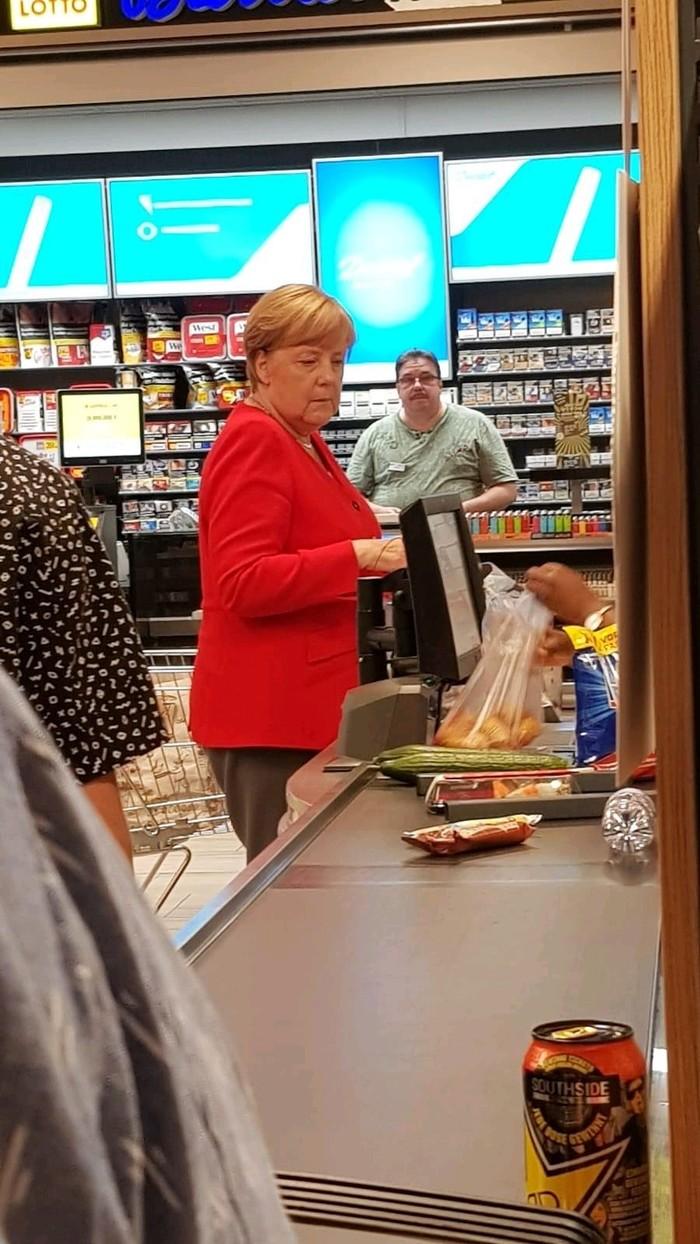 Супермаркет в Германии Германия, Супермаркет, Ангела Меркель