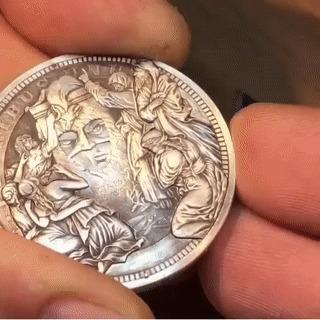 Многоликая монета