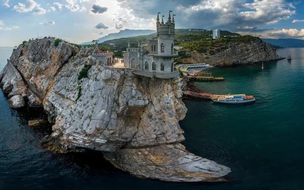«Одноразовый курорт» или почему в Крым не хотят ехать туристы? Путешествия, Туризм, Мир, Мнение, Лучшее, Крым, Горячее, Рассуждения, Длиннопост