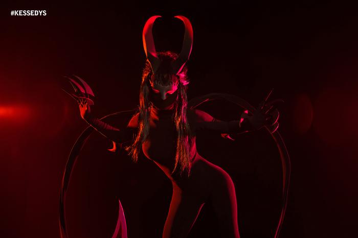 Косплей Эвелин в пассивке Косплей, League of Legends, Эвелин, Evelynn, Длиннопост