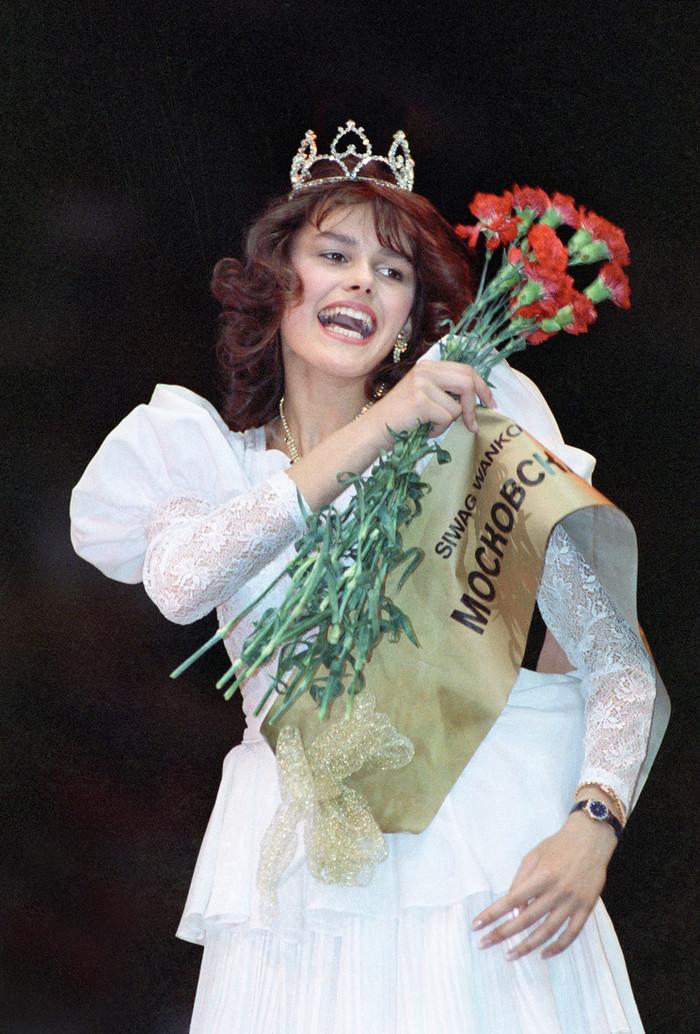 Полностью Обнаженная Мария Калинина – Остаться В Живых (2006)