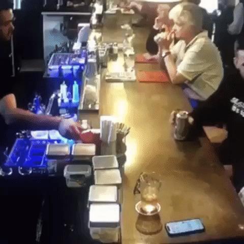 Профессиональный бармен