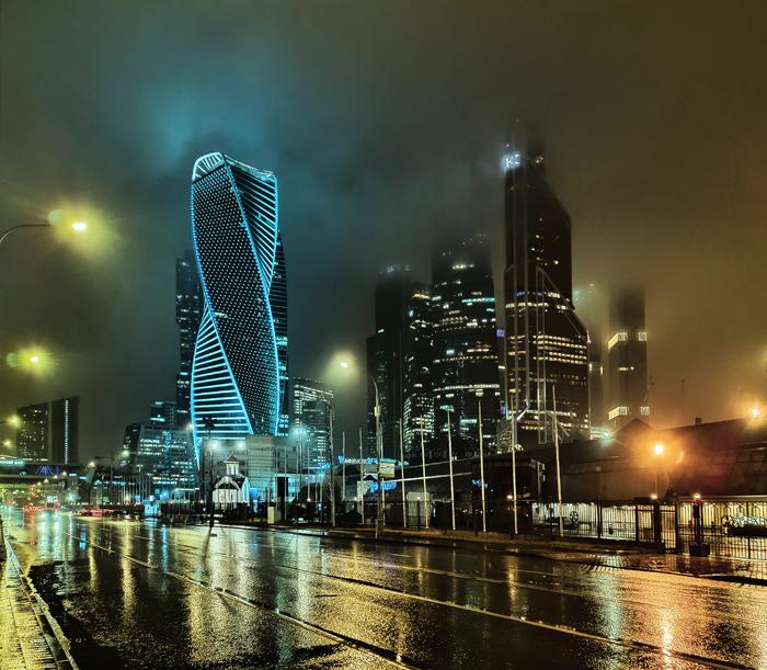 Москва-Сити сегодня ночью Фотография, Москва-Сити, Дождь, Ночь, Xiaomi, Мобильная фотография, Москва