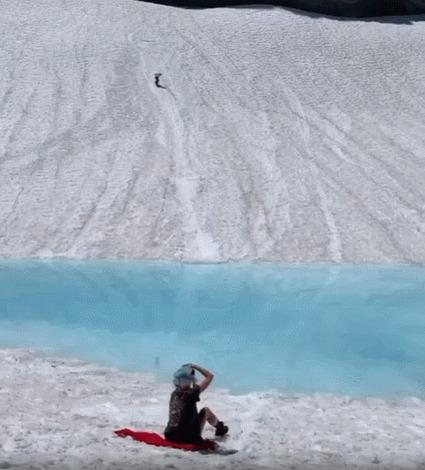 Когда хочешь покатать и на борде и на сёрфе одновременно