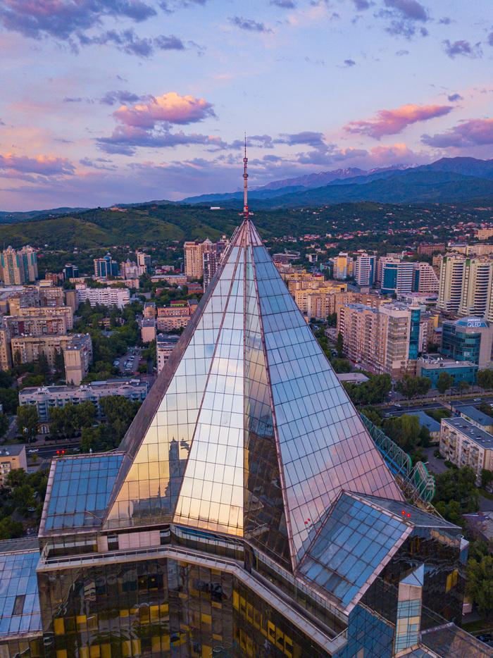 Закат в Алматы