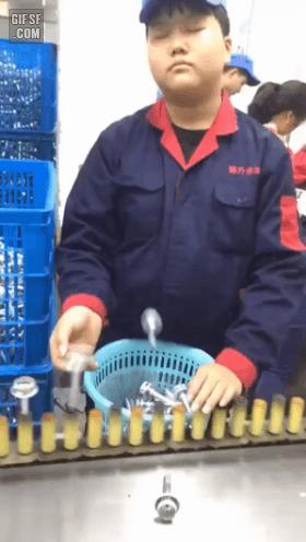 Джинджинг - ловкие пальчики Работа, Китайцы, Конвейер, Робот, Азиаты, Гифка