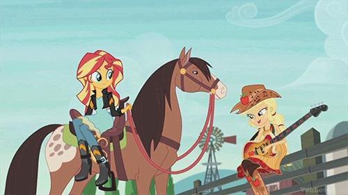Я даже не знаю, как на это реагировать My Little Pony, Equestria Girls, Sunset Shimmer, Applejack, Лошади, Гифка