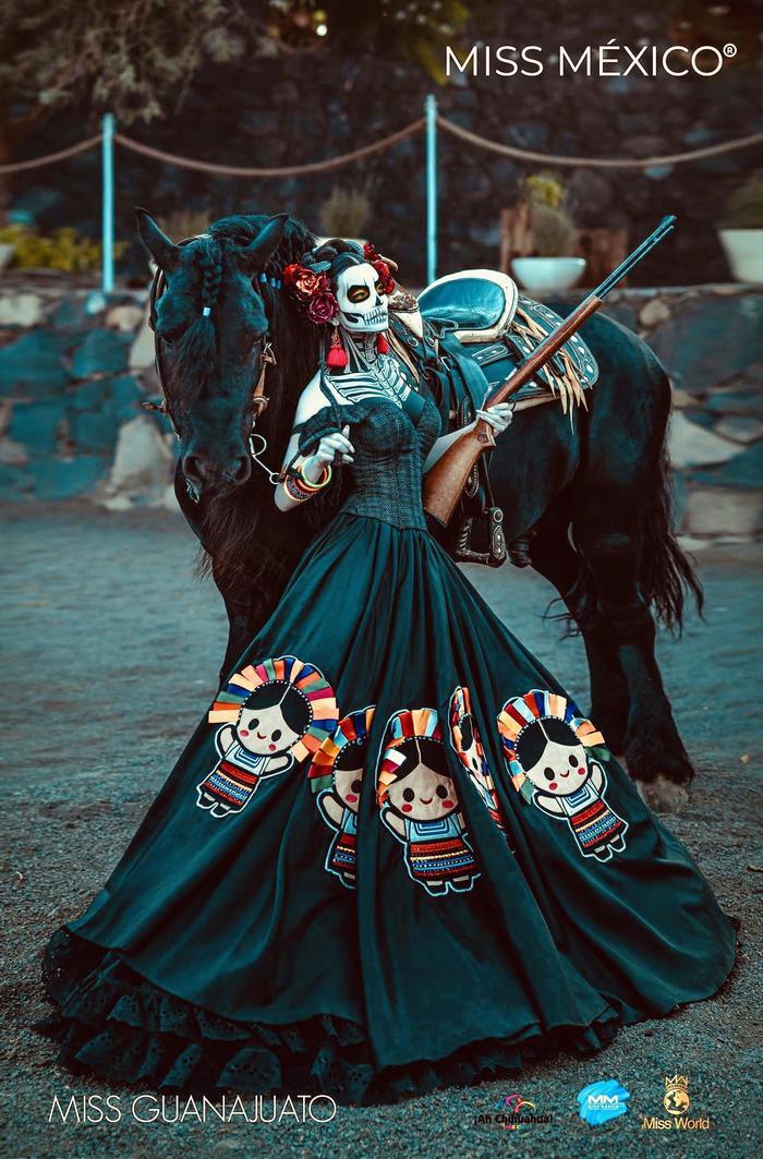 Традиционный костюм Мисс штата Гуанахуато для конкурса красоты Мисс Мексика 2020