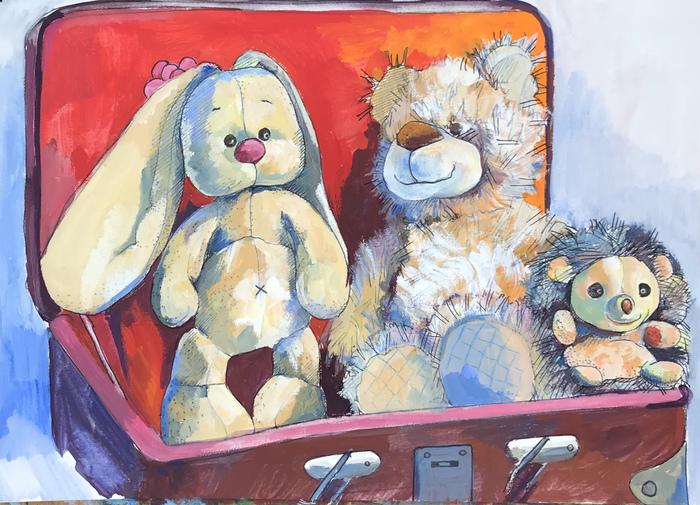 Игрушки в старом чемодане