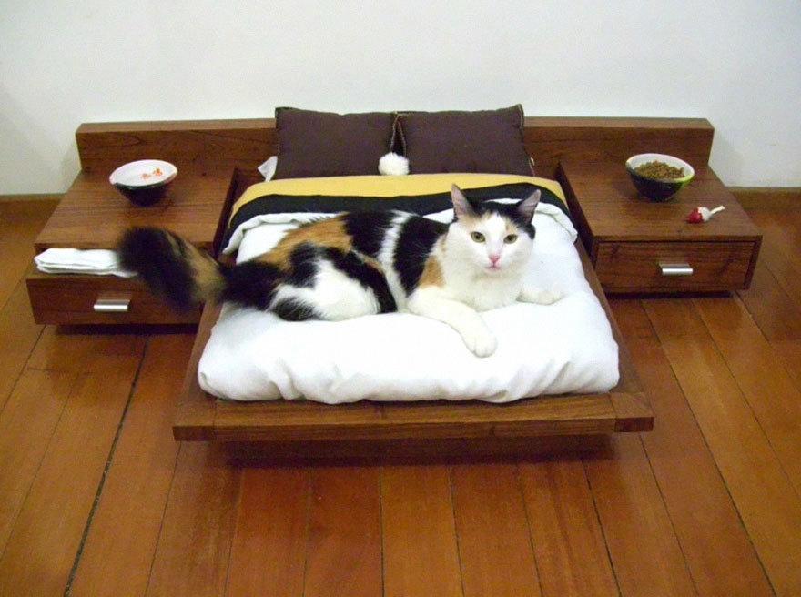 «Кроватка» для Мурки. Лежанка для кошки своими руками 3