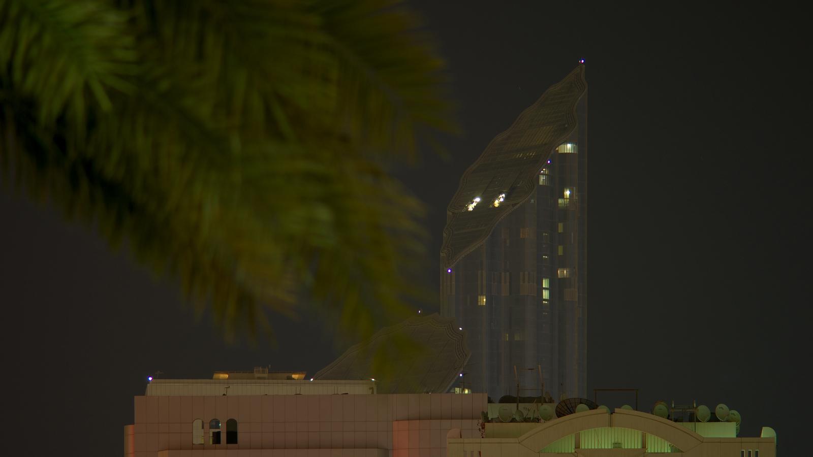 Обои сверху, дороги, Объединённые арабские эмираты, ночь. Города foto 19