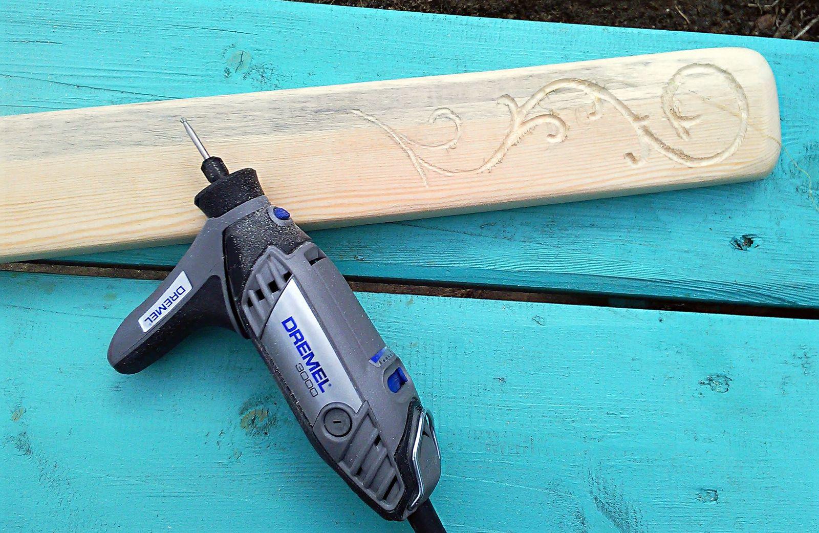 Вешалка из дерева своими руками. Как сделать вешалку из дерева | 1041x1600