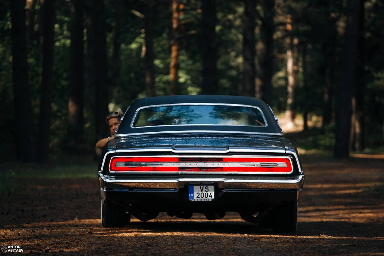 Реставрация автомобиля Ford Thunderbird 67 изоражения