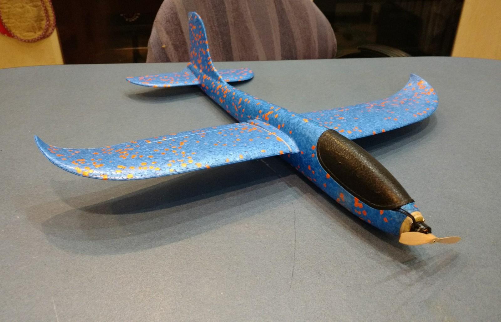 Как сделать из метательного планера самолёт мастерская