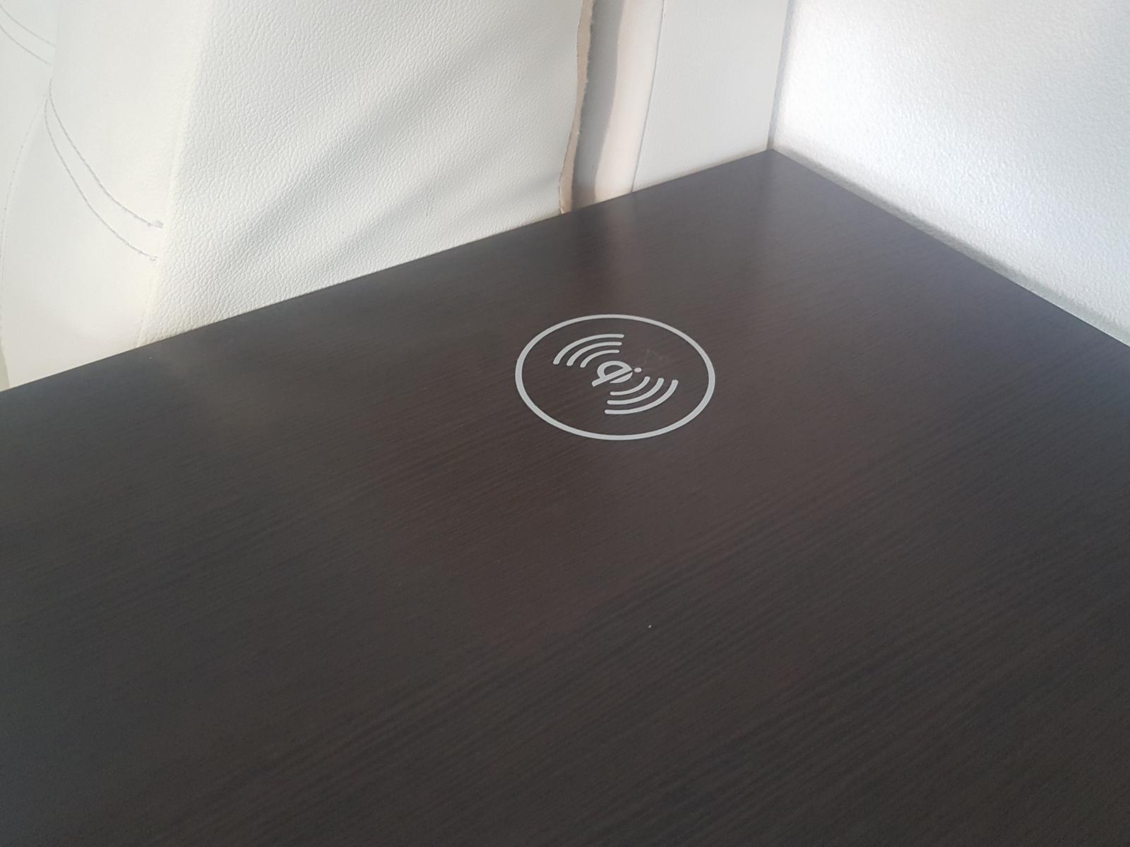 Беспроводная зарядка в мебели своими руками