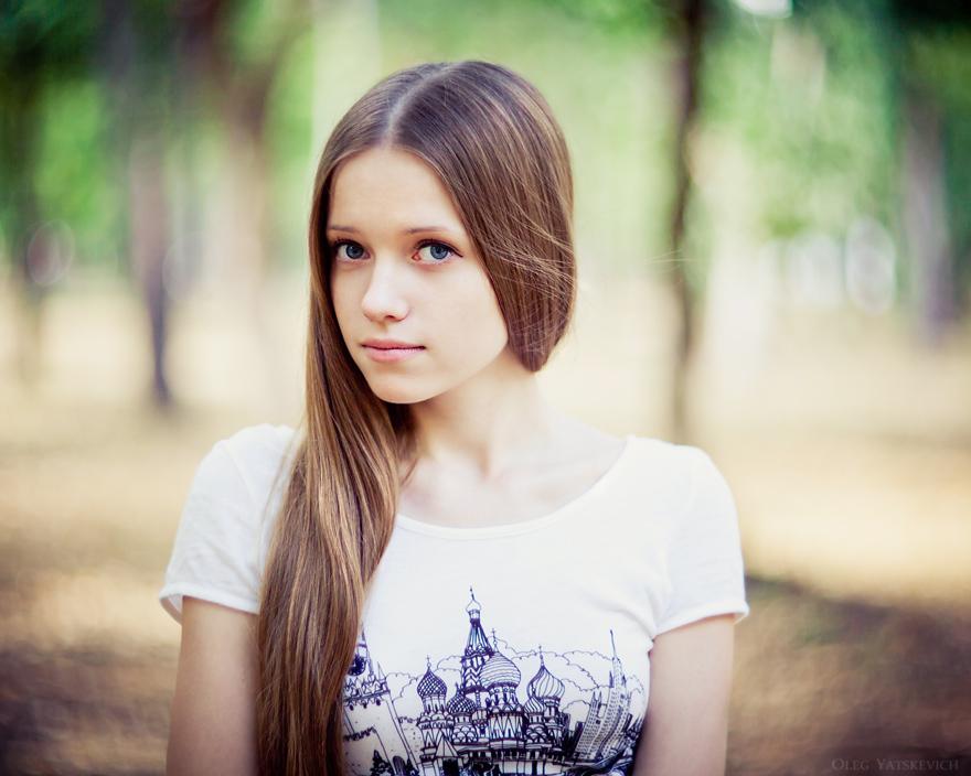 dve-devushki-i-odin-starik-viktoriya-kuin-porno-zvezda