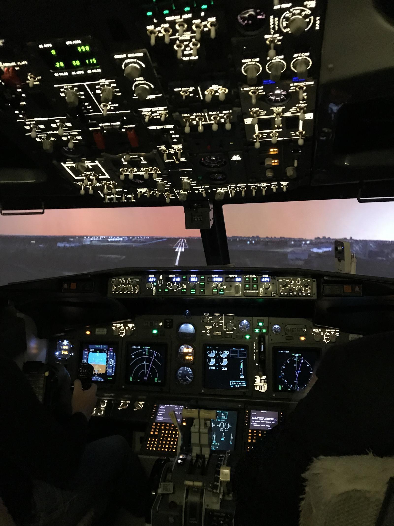 Full flight simulator Boeing 737NG