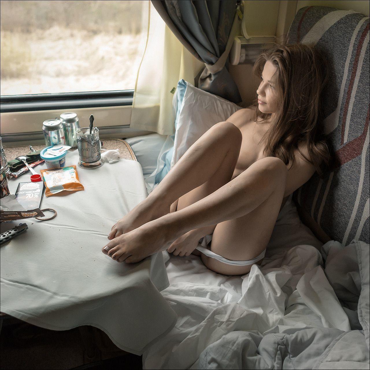 этом голая девушка домашние фотки правда было? Это