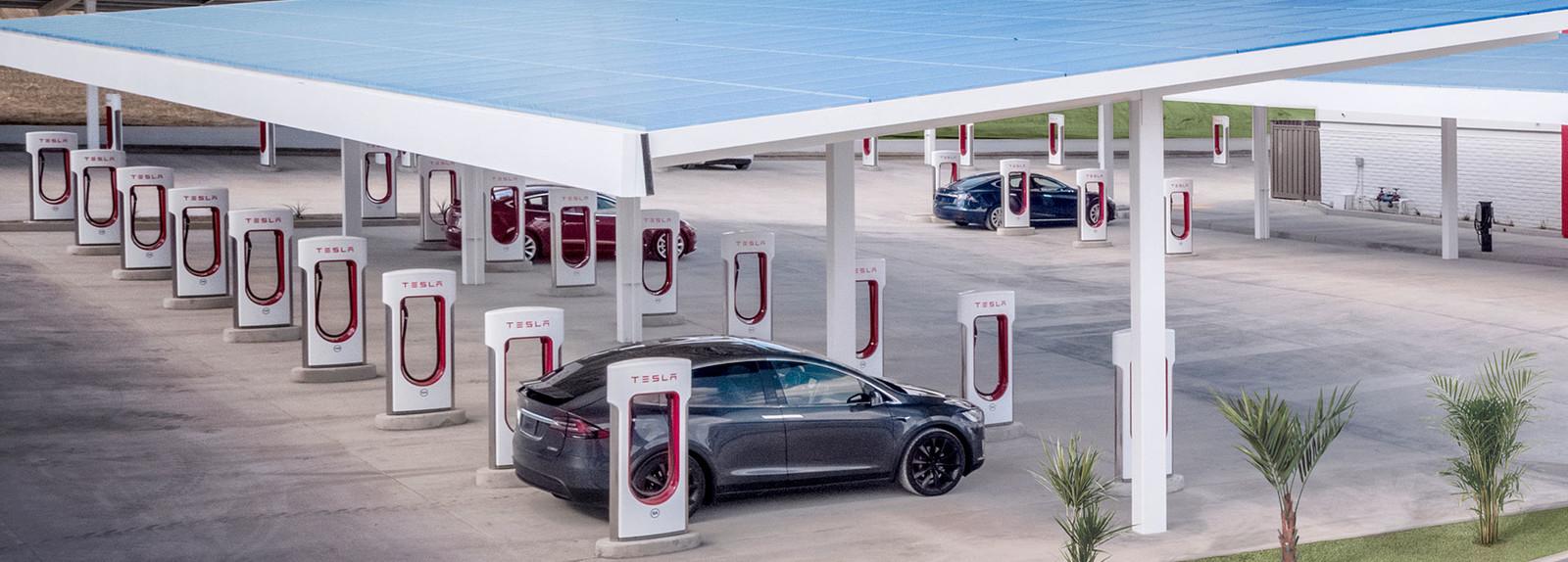 Новый Supercharger V3 от Tesla с зарядкой 1610 км в час