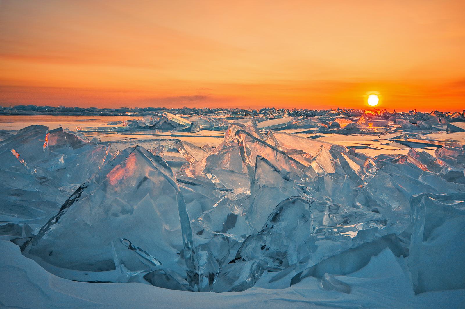 Картинки по запросу байкал голубой лед