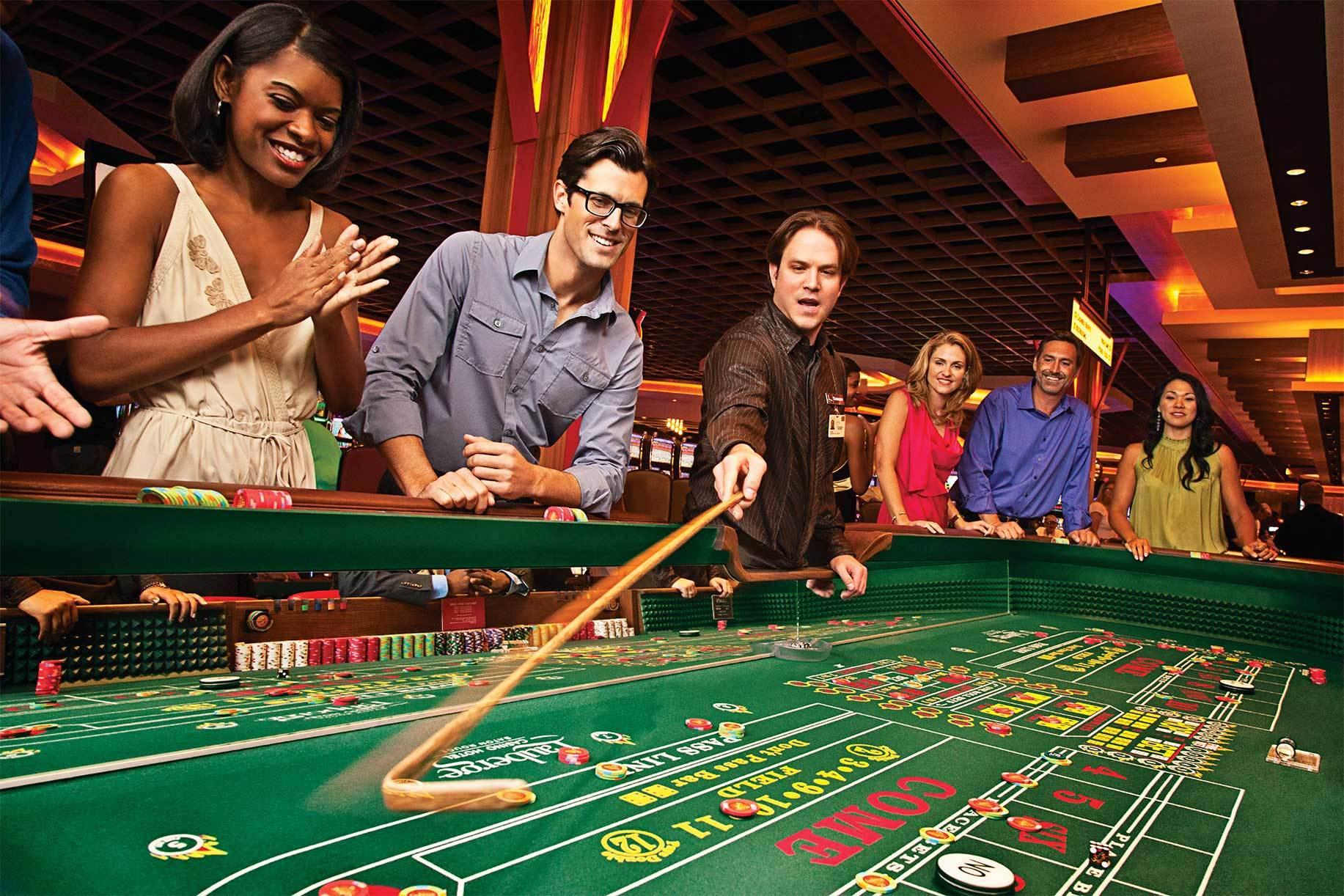 Работа в москве в казино крупье партнерки казино платящие за регистрации