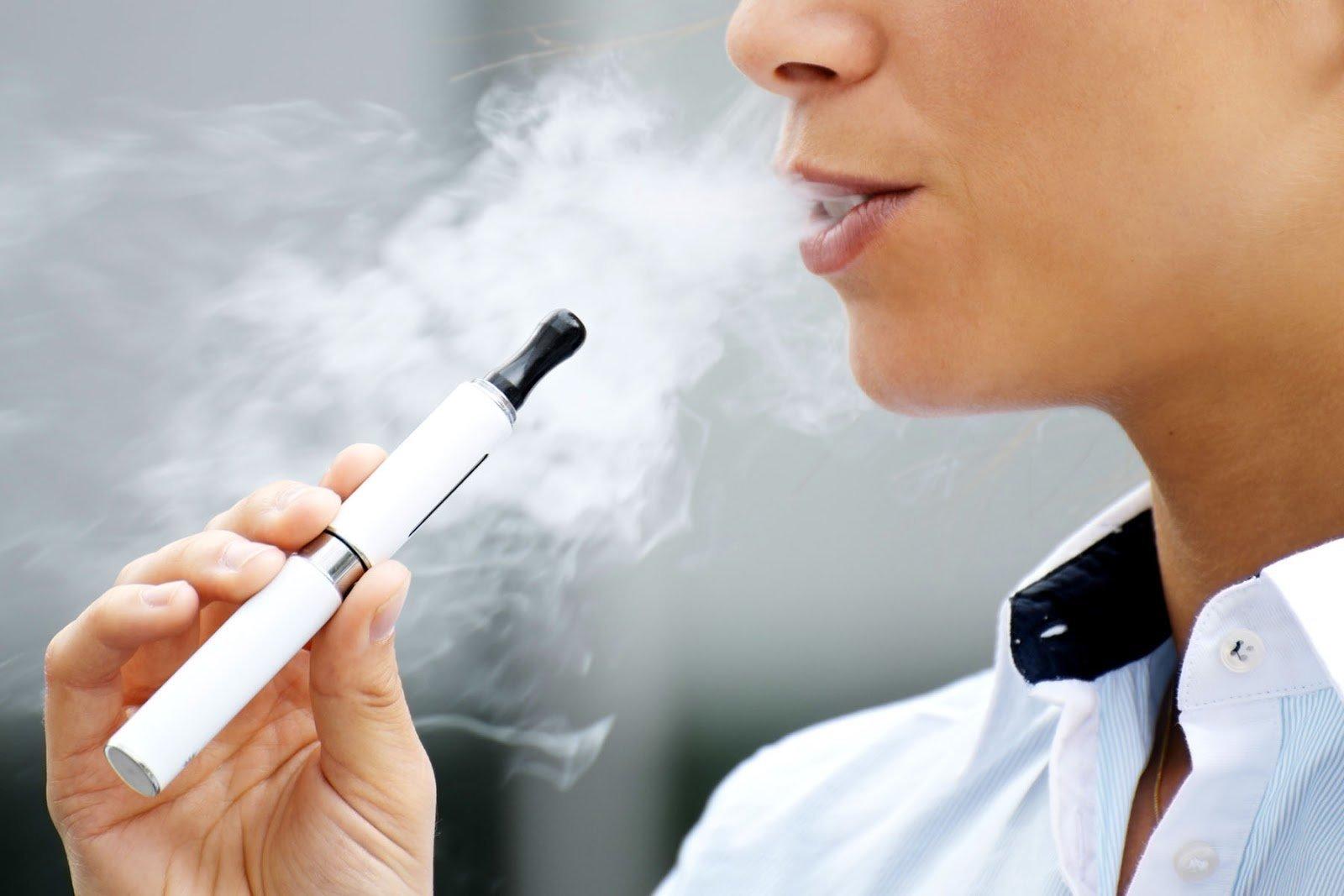 Электронные сигареты как купить несовершеннолетнему не могу выйти из дома как купить сигареты