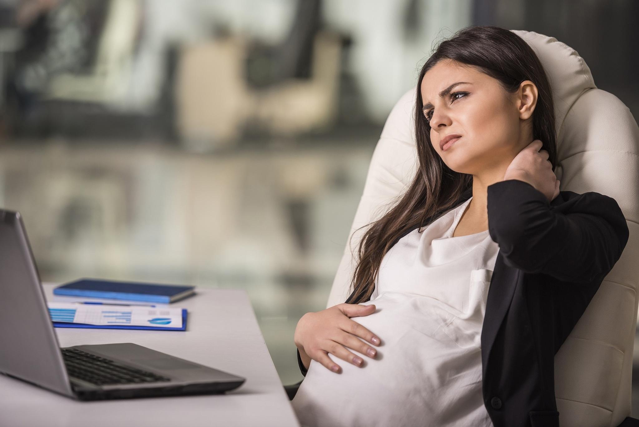 беременная девушка модель ищу работу