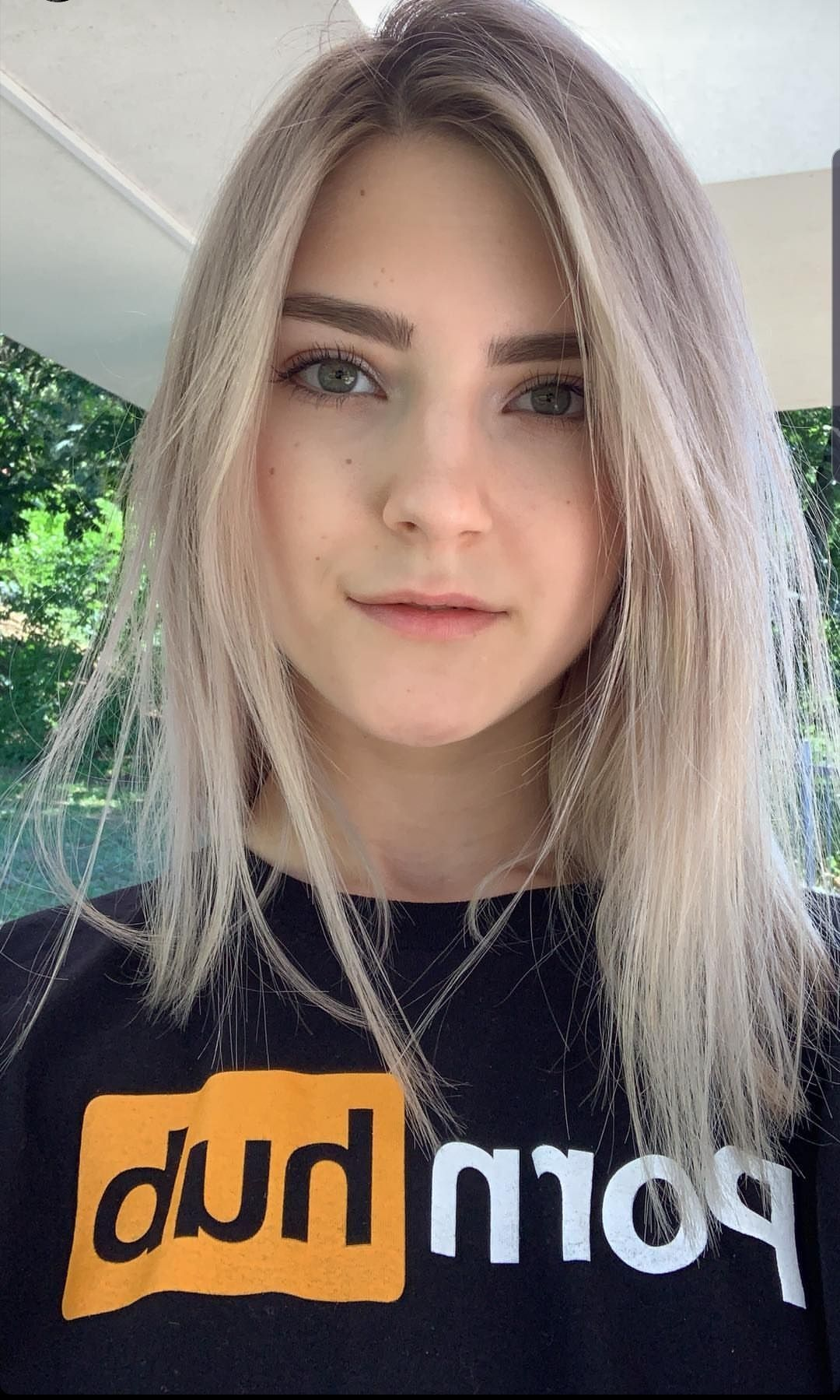 Elfie Eva